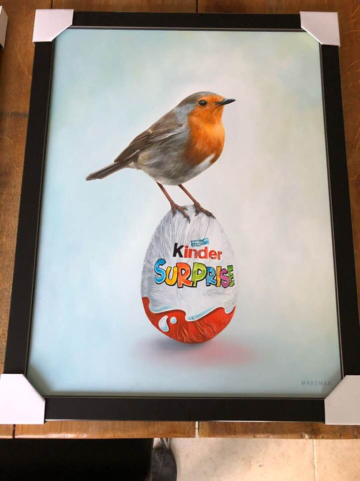 "<b>ROBIN VERSUS SURPRISE EGG</b> - 42 x 55 cm - oilpaint on panel - SOLD  <a style=""color: red; text-decoration: none"" href=""mailto:jpgpmarsman@onsbrabantnet.nl"">BESTEL</a>"